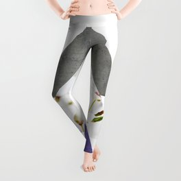 Ultra Violet Blossoms Arrows Leggings