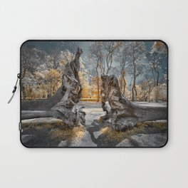 Cracked Tree Laptop Sleeve
