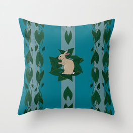 Memaw's country bun Throw Pillow