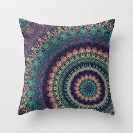 Mandala 580 Throw Pillow