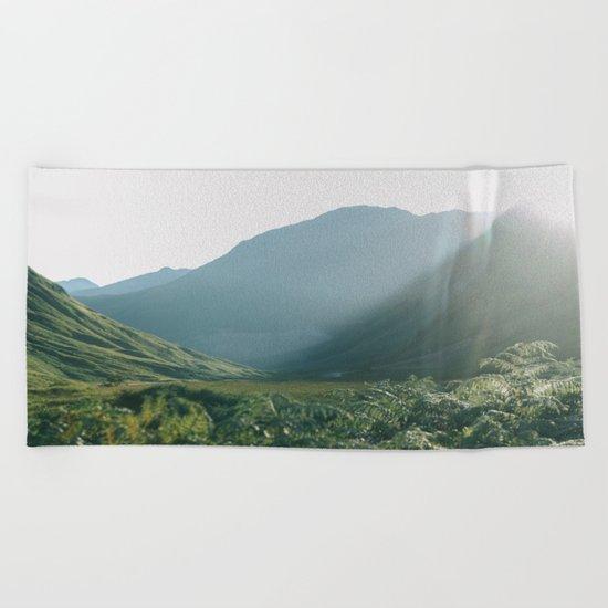 Sunburst in a field in Scotland - Landscape Photography Beach Towel
