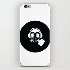 Post World Zuno : Gas Mask 04 iPhone Skin