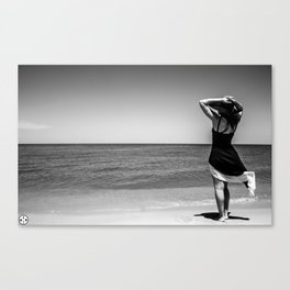 Lyrik's Ocean Canvas Print