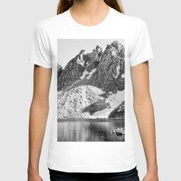 Kearsage Pinnacles, Kings River Canyon T-shirt