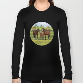 Brown Bay Quarter Horses In Summer Pasture Long Sleeve T-shirt