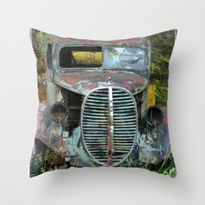 OldTruck Throw Pillow