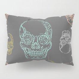 Flirty Skulls Pillow Sham