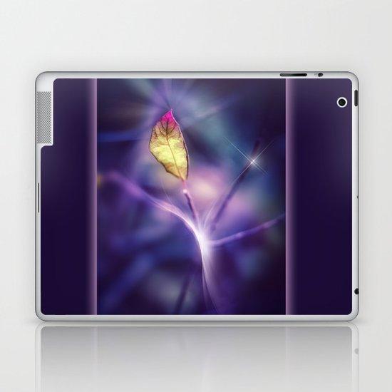 LIGHT IN THE DARK Laptop & iPad Skin