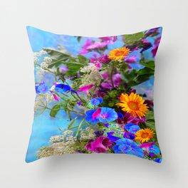 BLUE FLOWERS QUEEN ANN'S LACE BLUE STILL LIFE Throw Pillow