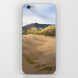 Great Sand Dunes Framed by the Sangre de Cristo Mountains iPhone Skin