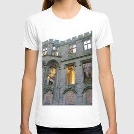 Alton Towers Castle Ruins  T-shirt