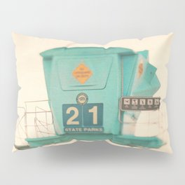 Lifeguard station. No. 21 Pillow Sham