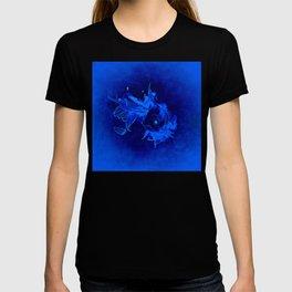 Fish Illustration (Goldfish 2)  T-shirt