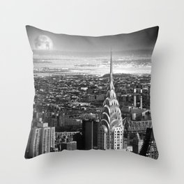 New York's in love... Throw Pillow