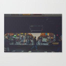 walking in New York v Canvas Print