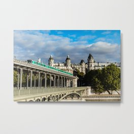 France, Bridge Bir Hakeim, Paris Metal Print