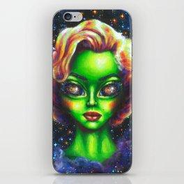 Iconic Alien Women: Marilyn iPhone Skin
