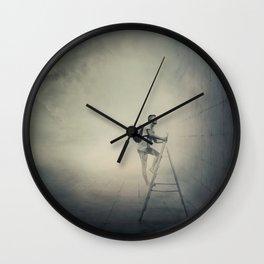 no escape Wall Clock