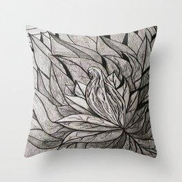 ATRAPADA Y SOLA Throw Pillow
