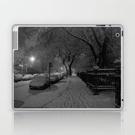 Chicago in Snow: A Study in White and Black #1 (Chicago Winter Collection) Laptop & iPad Skin