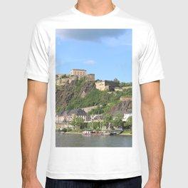 Koblenz mit Festung Ehrenbreitstein T-shirt