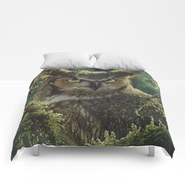 Great Horned Owl - Watching and Waiting Comforters