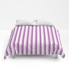 Light Purple and White Retro Vintage Grunge style pattern Comforters