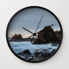 Pewetole Wall Clock