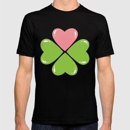 Love makes me lucky T-shirt