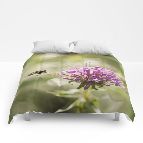 Flower with hoverfly Comforters