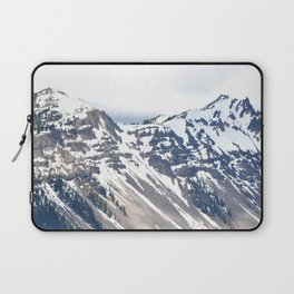 SNOW COVERED PEAKS AROUND CRATER LAKE Laptop Sleeve