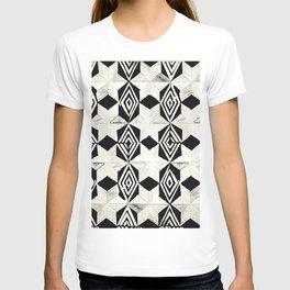 Tribal Shibori Stars Black and Cream T-shirt