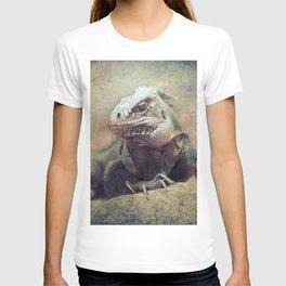 Big bad Lizard! T-shirt