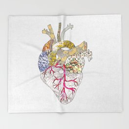 my heart is real Throw Blanket