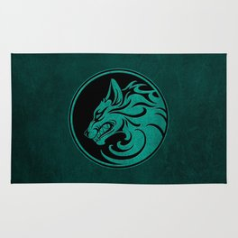 Teal Blue Growling Wolf Disc Rug
