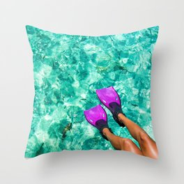 Vacation in the Maldives for the winter holidays Throw Pillow