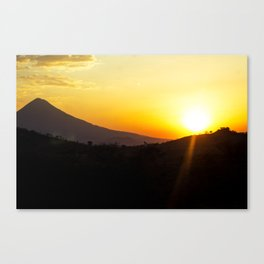 sunset  in san vicente Canvas Print