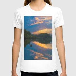 Sunset on the lake  T-shirt