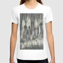 Highgate Cemetery London T-shirt