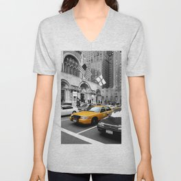 NYC Yellow Cabs Avenue - USA Unisex V-Neck
