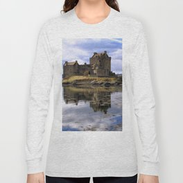 Eilean Donan Castle Scotland Long Sleeve T-shirt