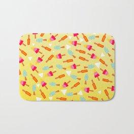 Retro hand drawn mint lemon lime ombre ice cream pattern white triangles illustration Bath Mat