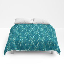 Botanical pattern with triangles and dots Comforters