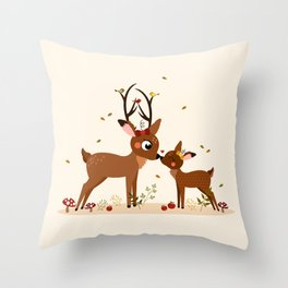 Bisou ma biche Throw Pillow
