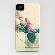 Shabby Chic Roses - Retro Vintage Pink Floral Photography on beige background Slim Case iPhone (4, 4s)