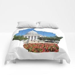 Beautiful Capitol Building in Wisconsin Comforters