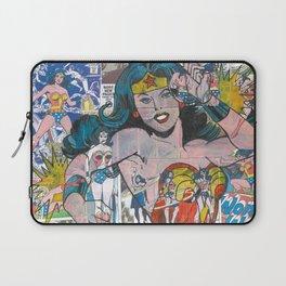 Woman of Wonder - Comic Art Laptop Sleeve