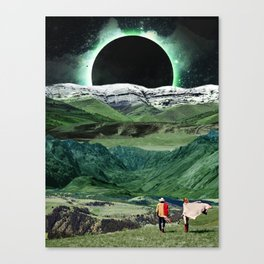 Eclipse in the green mountains Canvas Print