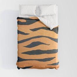 wild animals: tiger pattern Comforters