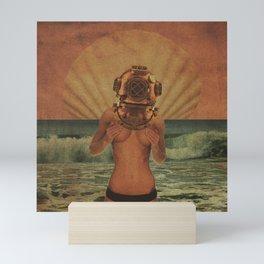 Quiverish Dive 6 Mini Art Print